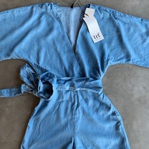 Zara Bat Sleeved Romper